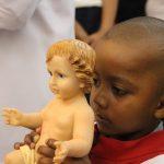 """""""Jesus dividiu a história"""", declara pe. Carlos na Vigília de Natal"""